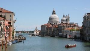 Burgemeester Venetië wil stad op Unesco-lijst van bedreigd werelderfgoed