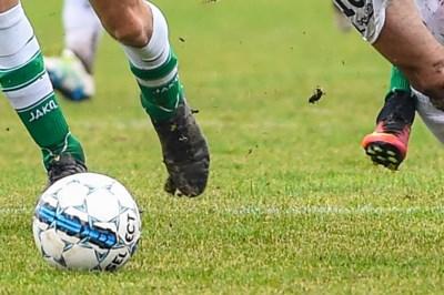 Als de plaatselijke voetbalclub eigenlijk een criminele organisatie is: parket opent jacht op verdachte weldoeners van vzw's