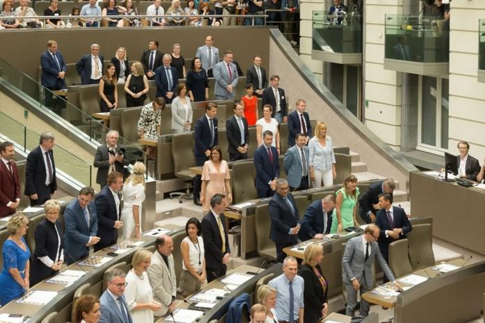 Zo veel parlementairen heeft België echt te veel: zelfs politici vinden het overdreven, maar waarom gebeurt er dan niks?