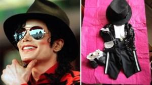 Manneken Pis weigert kostuum Michael Jackson te dragen