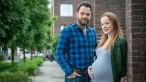 """'Thuis'-actrice belaagd omdat ze gemene rol speelt: """"Ik kreeg de boodschap: ik hoop dat uw kind sterft"""""""