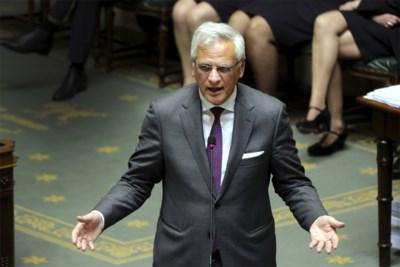 'Minister voor het leven' Kris Peeters trekt dan toch naar Europa en laat Charles Michel met probleem achter