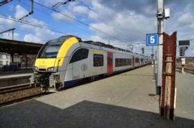 Vlaanderen kreunt onder de hitte: een overzicht van alle maatregelen op werk, weg en spoor
