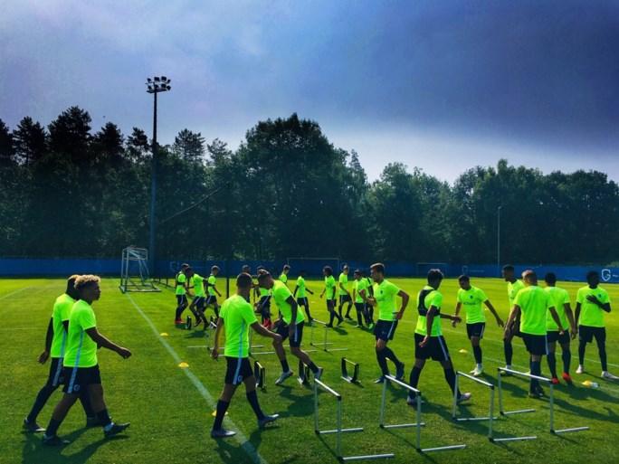 """Felice Mazzu leidt eerste trainig KRC Genk: """"Eind augustus is nog heel lang"""""""