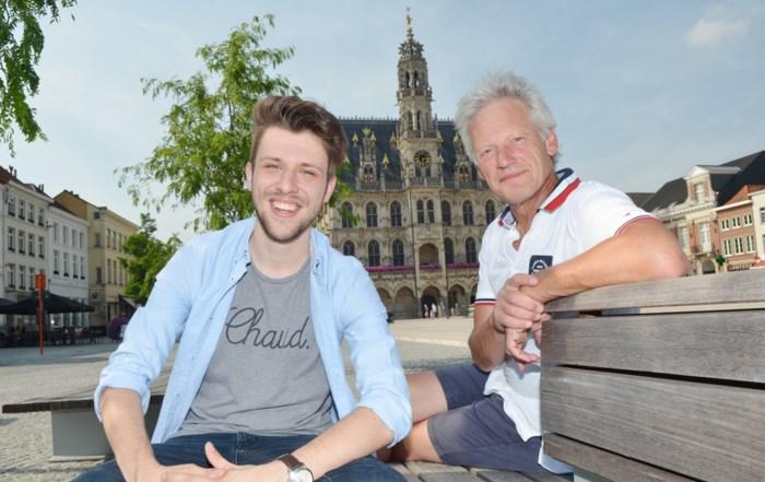 """Een professioneel komediegezelschap bestond nog niet in Gent: dus daar is het Farcetheater… """"en tes veur te lachen!"""""""