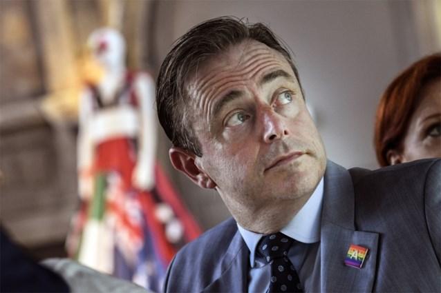 Bart De Wever op werkbezoek in Colombia: geen Vlaamse regering voor 11 juli?