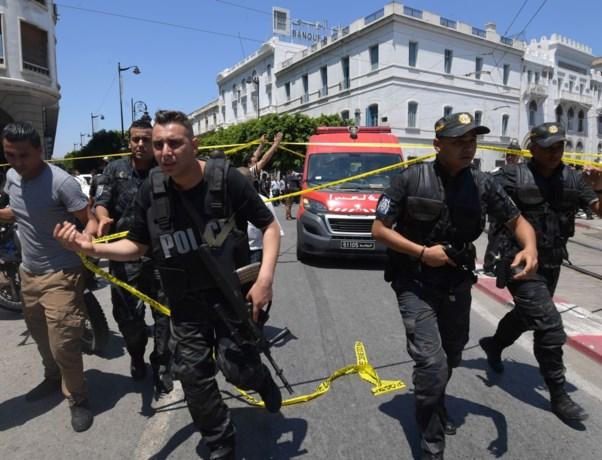 Twee zelfmoordterroristen blazen zich op in Tunesische hoofdstad