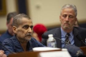 Hij zocht dagenlang naar overlevenden na de aanslagen van 9/11, maar kreeg zo kanker: hulpverlener Luis Alvarez (53) overleden