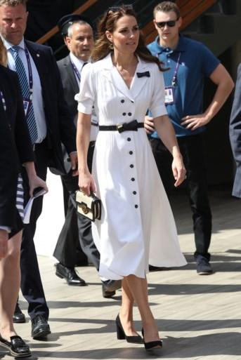Kate Middleton straalt in het wit op Wimbledon