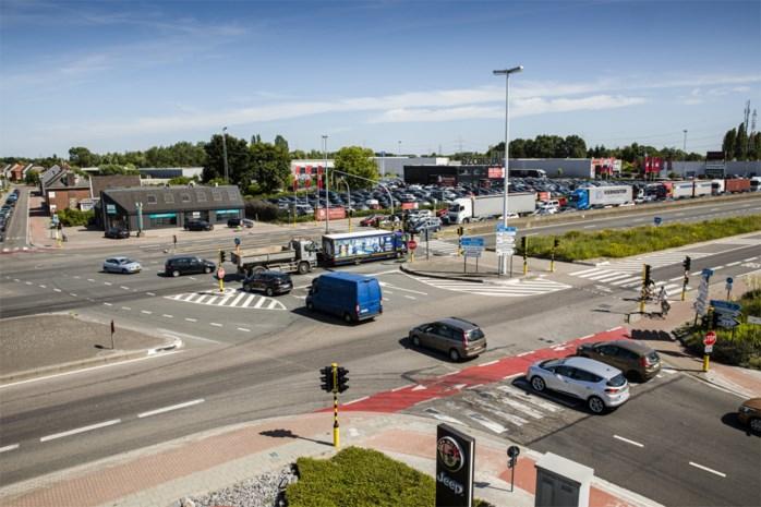 """""""Veiligere"""" verkeersregeling A12 leidt tot meer files, meer roodrijders, meer sluipverkeer"""