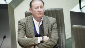 """""""Sterfhuis"""" Senaat is weer op aantal, Open VLD stuurt met Rik Daems ook onverkozene"""