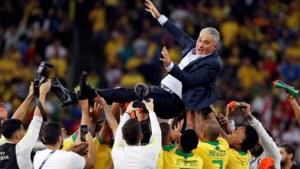 """Braziliaanse bondscoach Tite geeft Messi veeg uit de pan: """"Hij moet zelf meer respect tonen"""""""