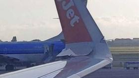 Vliegtuigen botsen op Schiphol