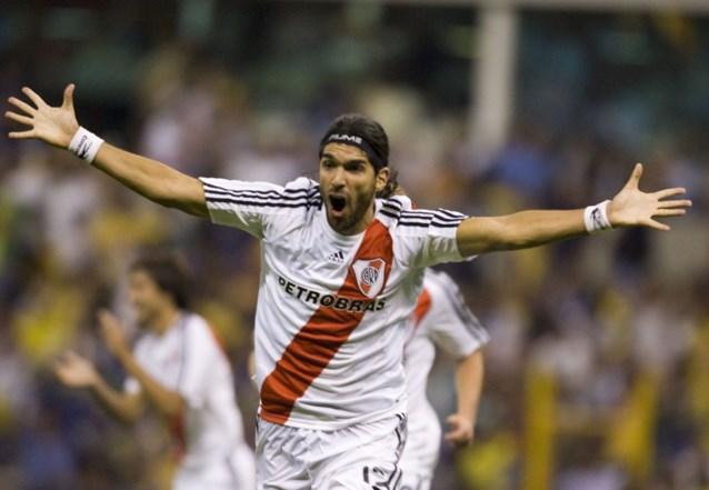 'El Loco' Abreu breekt eigen wereldrecord met 29ste club