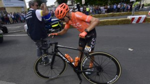 De eerste opgaves in de Tour de France: na Patrick Bevin stapt ook Nicolas Edet uit koers