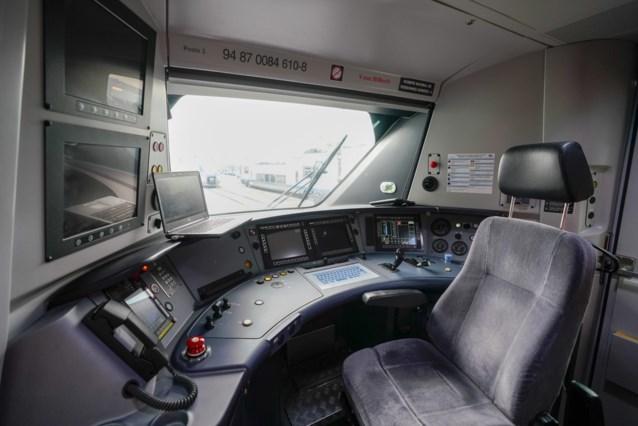 Franse spoorwegmaatschappij test trein uit die van op afstand wordt bestuurd