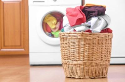Moet je sokken even vaak wassen als onderbroeken? En wat met jeans en sportkleren? Zo moet het volgens experts