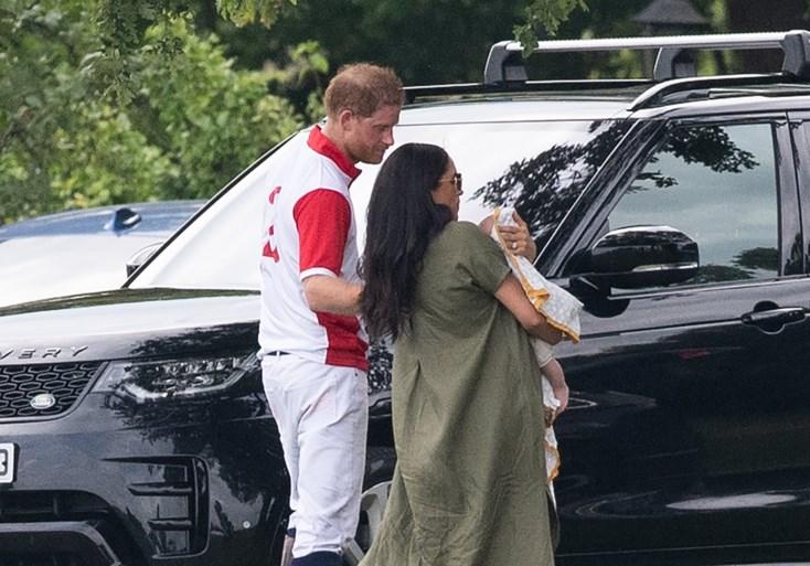 Meghan Markle verschijnt in het openbaar met baby Archie op haar arm