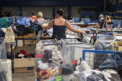De Vlaming gooit jaarlijks 8,2 kilo kleding weg: wat gebeurt daarmee?