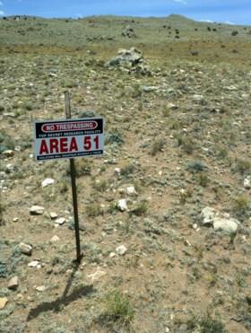 """Miljoen mensen wil geheime militaire basis Area 51 bestormen: """"We willen aliens zien"""""""