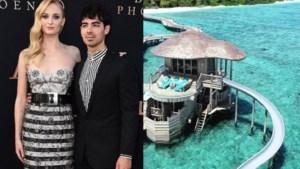 'Game of thrones'-ster Sophie Turner deelt beelden van haar spectaculaire huwelijksreis