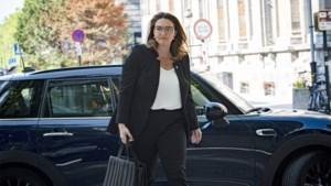 Akkoord over Brusselse regering is een feit, maar Gwendolyn Rutten loopt blauwtje in Brussel