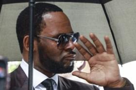 Elf jaar geleden ging hij vrijuit omdat zij niet wilde getuigen, nu is vermeend slachtoffer klaar om R. Kelly aan de galg te praten