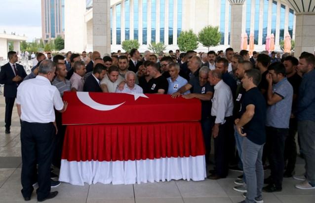 Turkije lanceert tegenaanval op PKK in Irak na aanslag op diplomaat