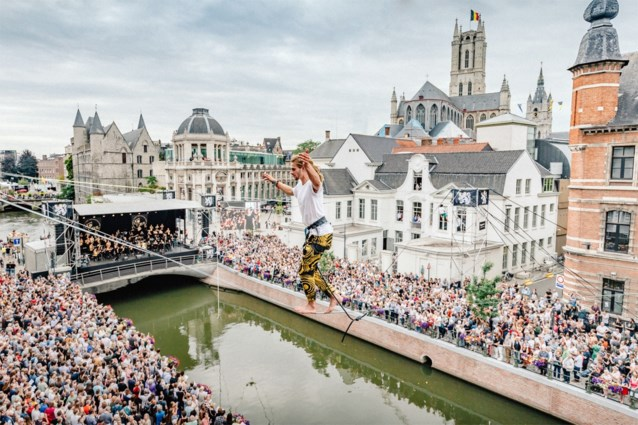 Clouseau, André Hazes Junior en 10.000 kelen zingen de Gentse Feesten op gang