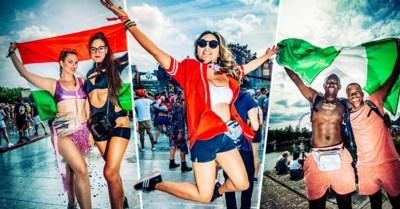 Deze feestvierders komen wel van heel ver en hebben wel heel veel geld betaald om Tomorrowland mee te maken