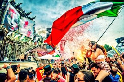 Dit is dag 1 van Tomorrowland: een kolkende mensenmassa die nog bruist van energie