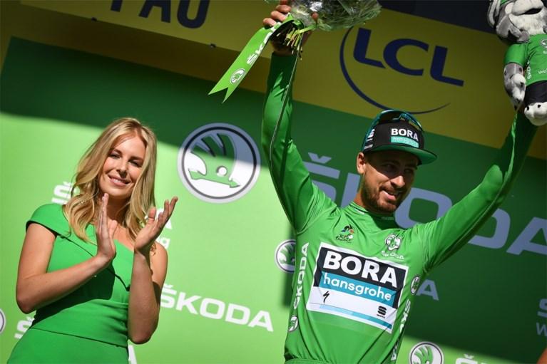 """Femke Herygers maakt debuut als podiummiss in Tour: """"Lachen met trillende kaken van de zenuwen"""""""