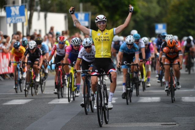 Lorena Wiebes wint slotetappe, Lisa Klein is de eindwinnares in BeNe Ladies Tour