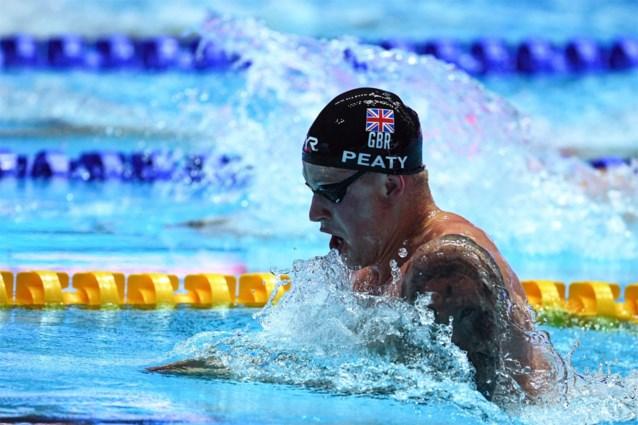 Adam Peaty verbetert zijn wereldrecord op 100 meter schoolslag op WK zwemmen