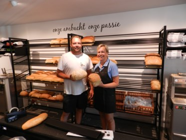 Bekende bakkerij in Rijkevorsel heeft winkel vernieuwd: meer ruimte voor klanten en personeel
