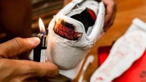 Nike wil dat je je sneakers in brand steekt
