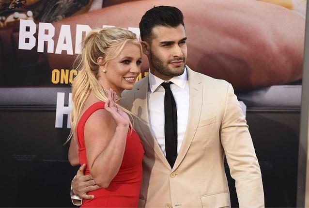 Britney Spears is opnieuw verliefd en iedereen mag het weten