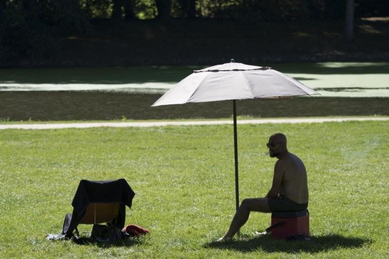 """Opmerkelijke oproep van KMI voor heetste dag ooit in ons land: """"Kom niet buiten, neem geen risico's"""""""