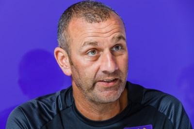 Anderlecht-coach Simon Davies over de nieuwe werking van Anderlecht, de methode-Kompany en de jonkies: