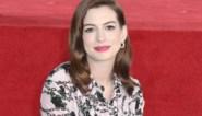 Zwangere Anne Hathaway openlijk over vruchtbaarheidsproblemen