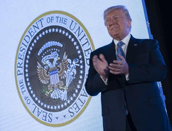 Trump speecht voor verkeerd (en beledigend) presidentieel zegel: 'dader' ontslagen, organisatie excuseert zich