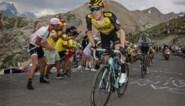 Jumbo-Visma vecht tijdsmetingen bovenop de Col de l'Iseran met succes aan: Egan Bernal verliest tijd op achtervolgers