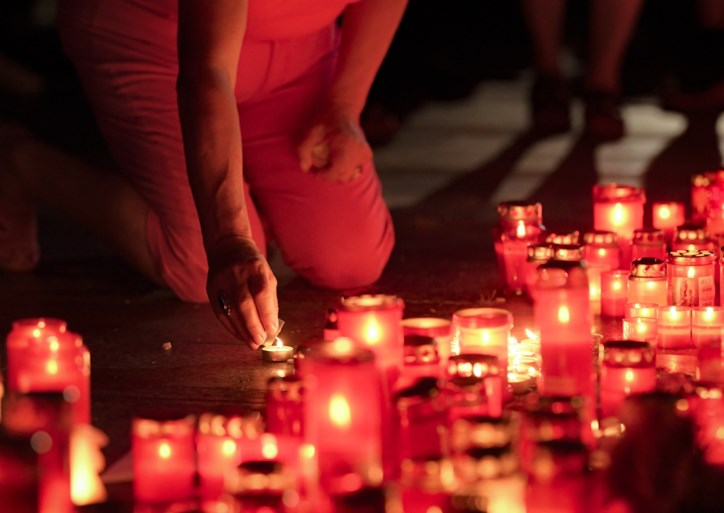 """Drie keer noodnummer gebeld maar niet gered: """"Politie had moord op Alexandra (15) kunnen vermijden"""""""