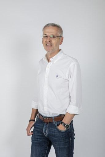 PODCAST TOUR. Beluister nu aflevering 5 van 'de koers is van ons: podcast Tour' met Paul Van Den Bosch