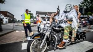 Weergoden spelen Harleytreffen parten: amper 650 motards