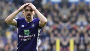 Transfer op til bij Anderlecht: Santini nam al afscheid, biedt AA Gent uitweg voor Sven Kums?