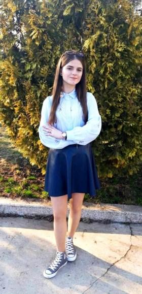 Drie foute woningen doorzocht, 12 uur vertraging opgelopen: Roemeense minister stapt op nadat politie faalt ontvoerd meisje (15) te redden