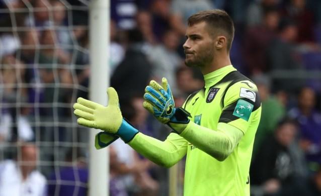 Kompany haalt grove borstel boven bij Anderlecht: vier basisspelers van vorige week halen nu zelfs de selectie niet meer