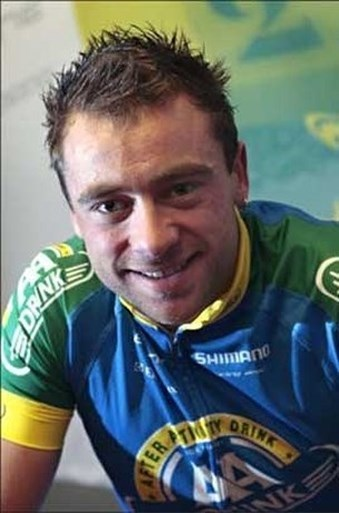 Het houdt niet op: ook van deze Belgische wielrenners moesten we veel te vroeg afscheid nemen