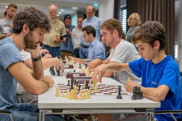 """Daniel is amper 13 jaar en onze nieuwe Belgische kampioen schaken. """"Zenuwen tegenover al die volwassenen? Nee, ik hou van wat uitdaging"""""""